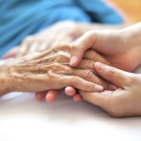 Ce poti face ca sa ajuti un pacient de cancer in faza terminala?
