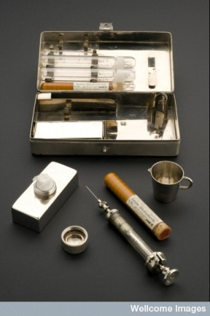 L0057255 Hypodermic syringe set, Berlin, Germany, 1910-1914