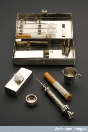 L0057255 Hypodermic syringe set, Berlin, Germany, 1910-1914