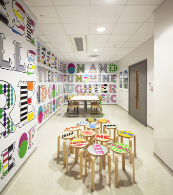 Morag_Myerscough_Lemn_Sissay_DiningRooms_4-355x400