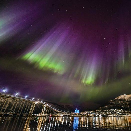 northernlights-tromso-norway