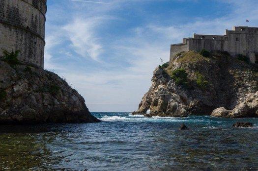 in afara zidurilor vechiului Dubrovnik