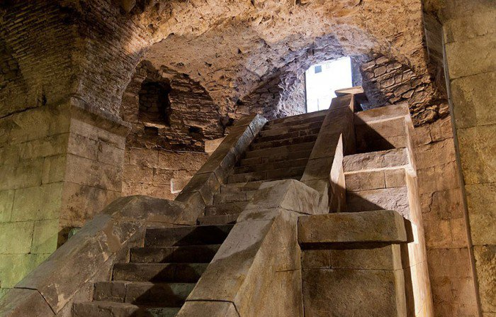 Sala tronului lui Daeneris - Palatul lui Diocletian din Split