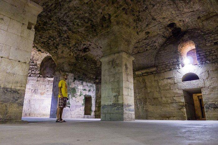 Subsolul palatului lui Diocletian