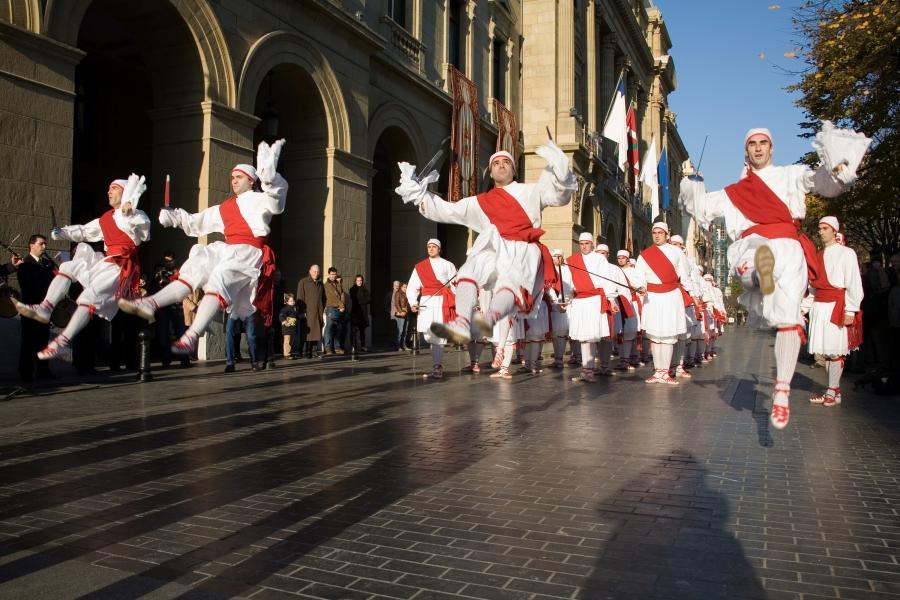 Basque_dancers