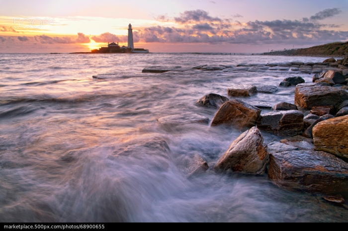 500px Photo ID: 68900655 - A sunrise from St Marys Lighthouse.